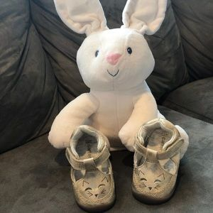 Carter's Gold Crawling Shoes, Layla Infant Girl, 2
